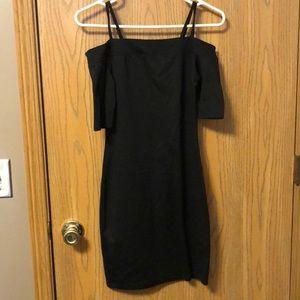 Mini bodycon black dress